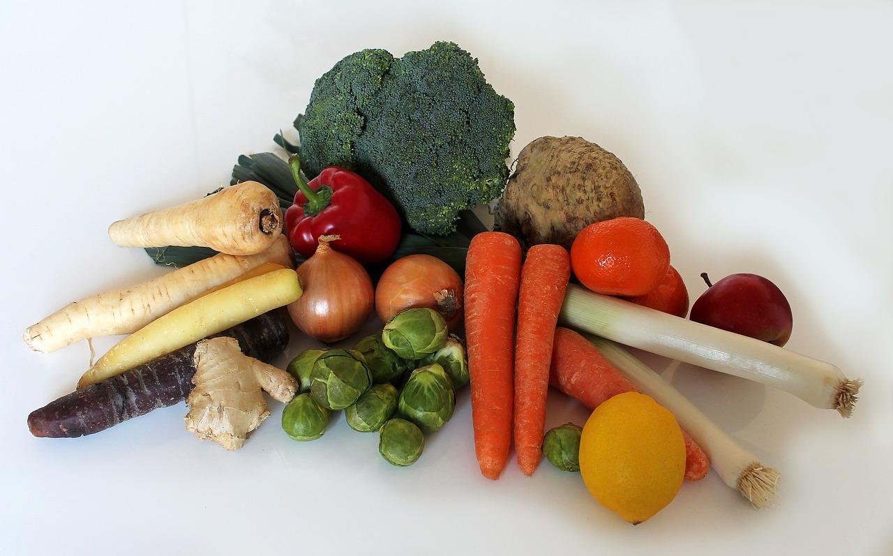 Parmi les propositions, quel est l'aliment le plus riche en vitamine C (à quantité égale)